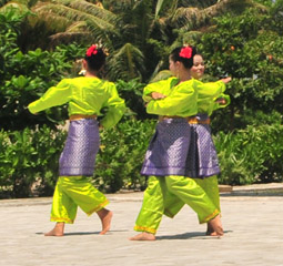 layanan wisata Traditional Dance|Traditional Dance|传统舞蹈|الرقص التقليدي